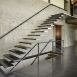 Modern-Steel-Frame-residence-stairs