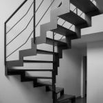 escalier-acier-helicoidal-design-aspect-industriel