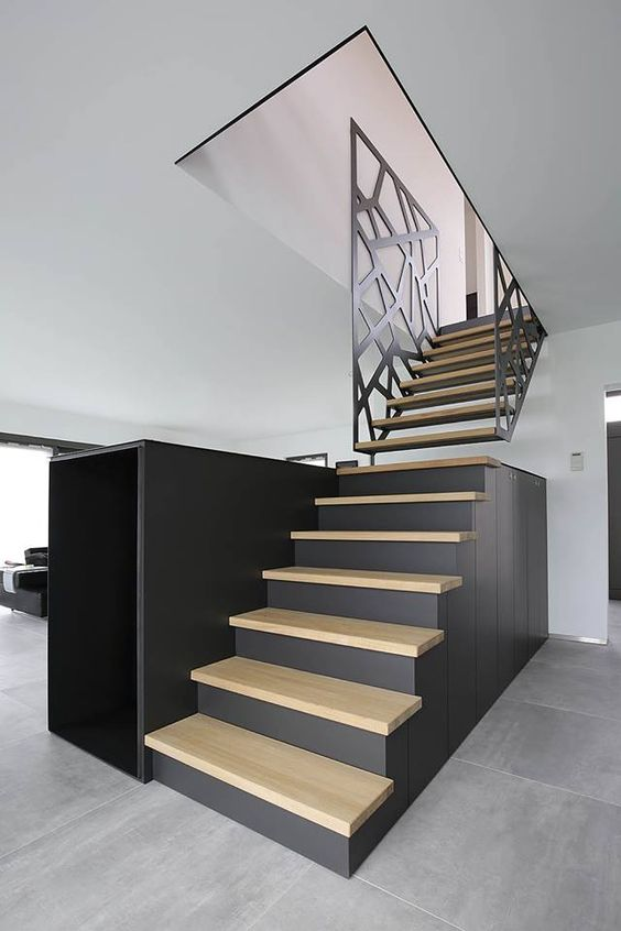 rampe d escalier en brise vue sous traitance industrielle. Black Bedroom Furniture Sets. Home Design Ideas